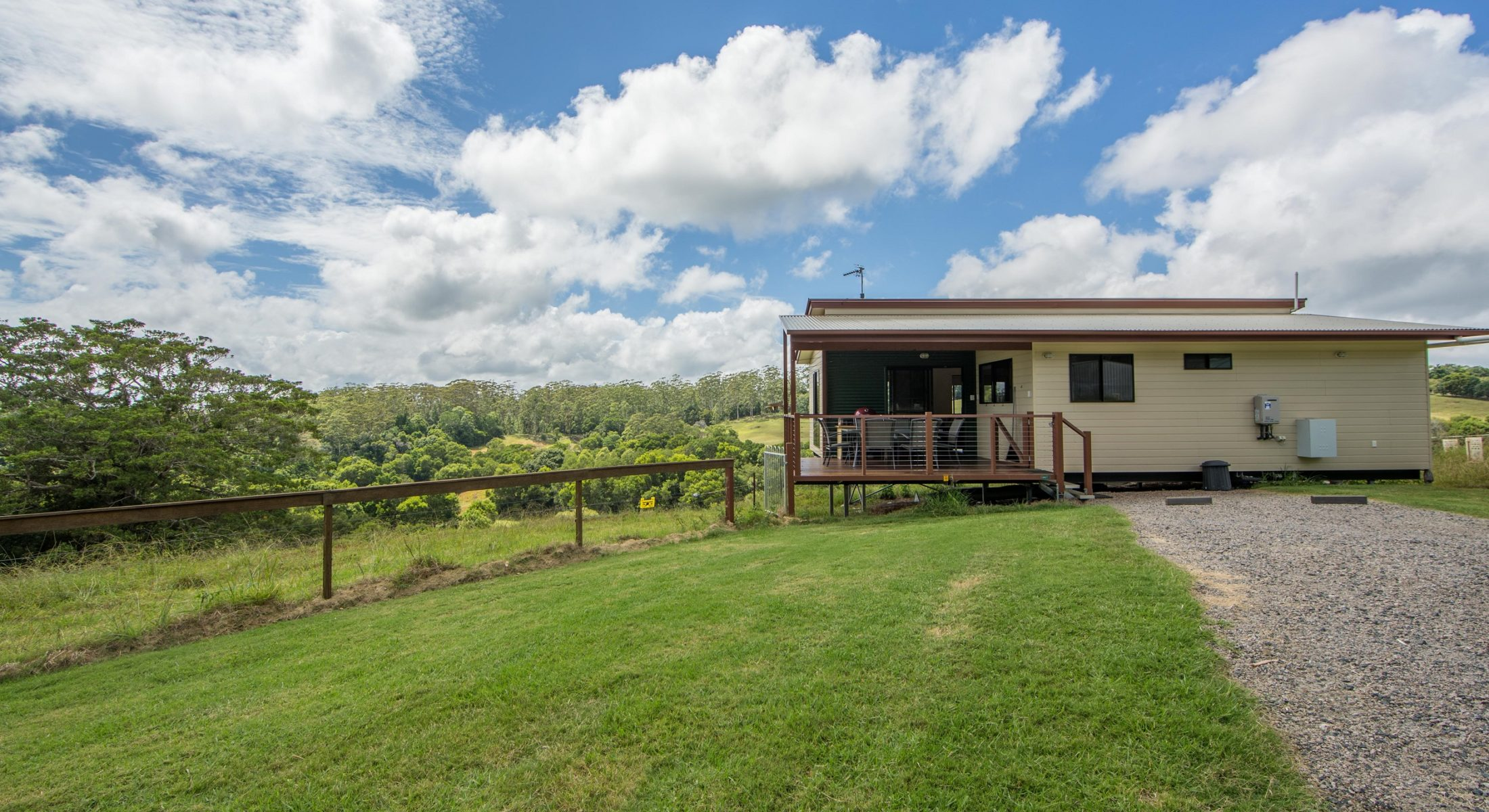 Bellthorpe Stays Woodford Cabins Accommodation Moreton Bay Region